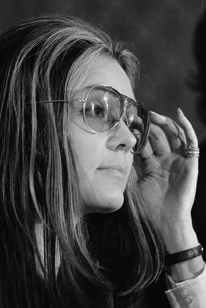 402px-Gloria_Steinem_at_news_conference,_Women's_Action_Alliance,_January_12,_1972