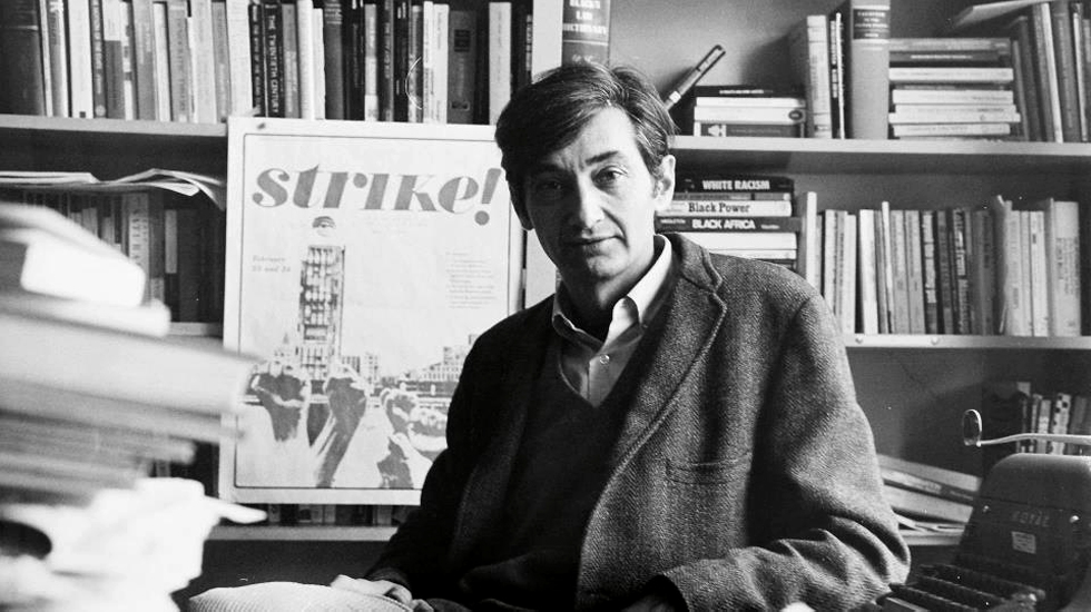 howardzinn_office_980x550