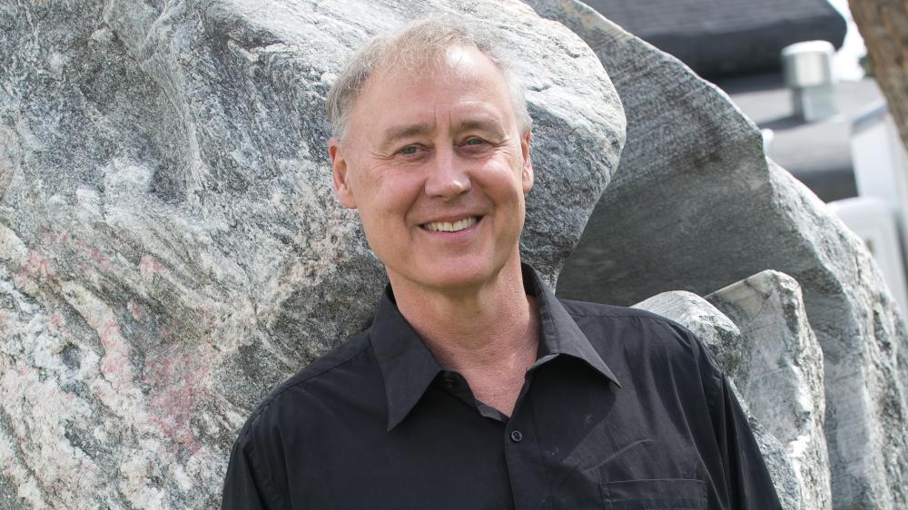 Known for writing pop hits, Bruce Hornsby ventures into classical and jazz piano forms on the new album Solo Concerts.
