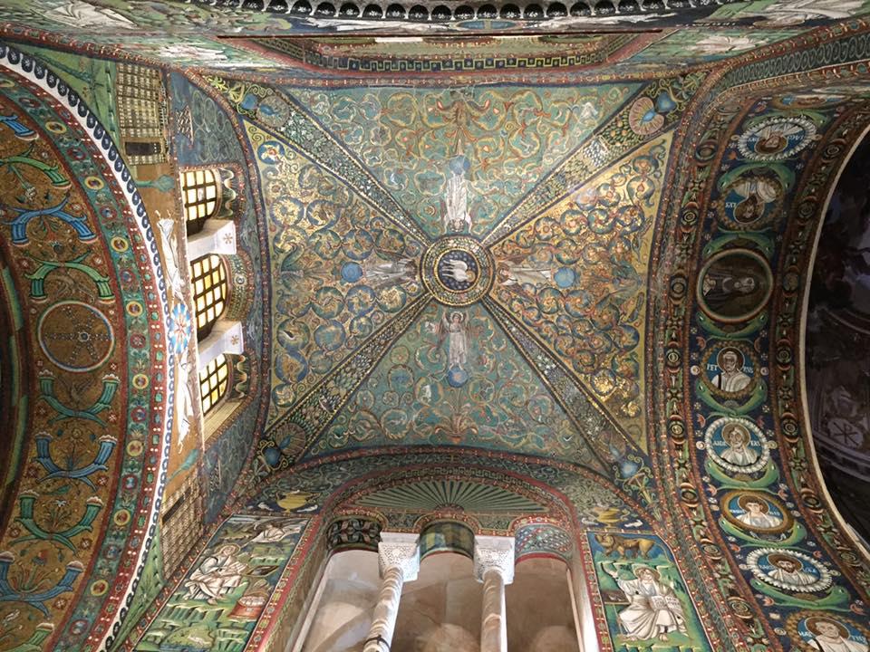 San Vitale - interior
