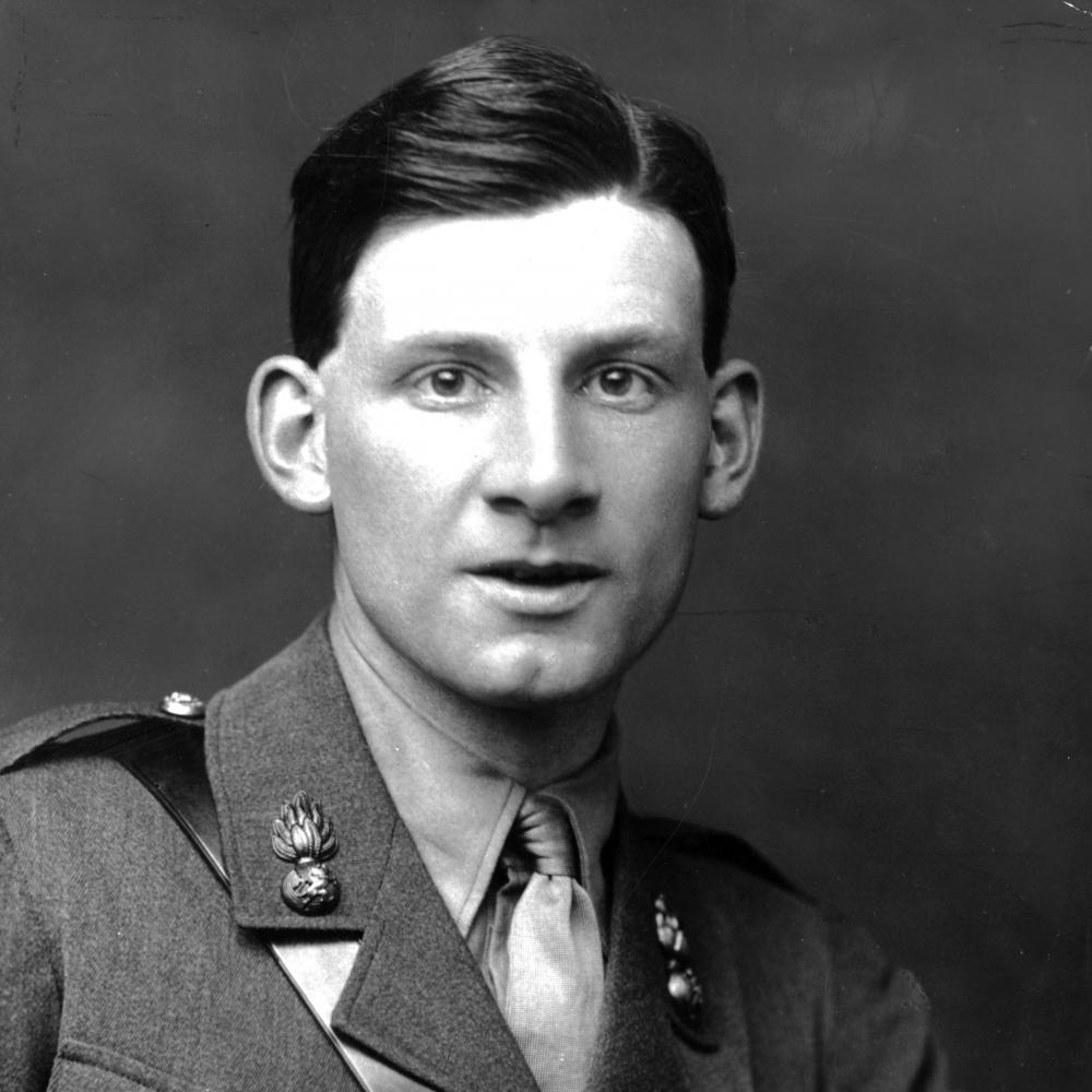 English poet and author Siegfried Sassoon (1886 - 1967) wearing his army uniform. His experiences in the First World War resulted in his hatred of war, which he expressed in much of his work.